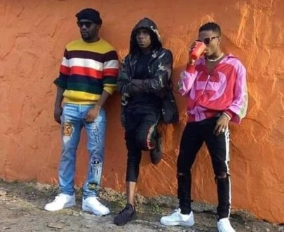 R2bees-ft-Wizkid-Straight_From_Mars-Musicafriagh.com.jpg